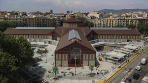 Vista aérea del nuevo mercado de Sant Antoni de Barcelona.