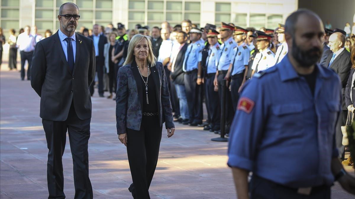 El conseller Buch llega al Institut de Seguretat Pública de Catalunya para inaugurar el año académico.
