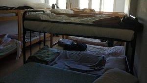 Interior de una casa de colonias reconvertida en centro de atención a menores de urgencia.