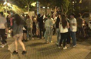 Els veïns de la Vila Olímpica segueixen en peu de guerra contra el lleure incívic