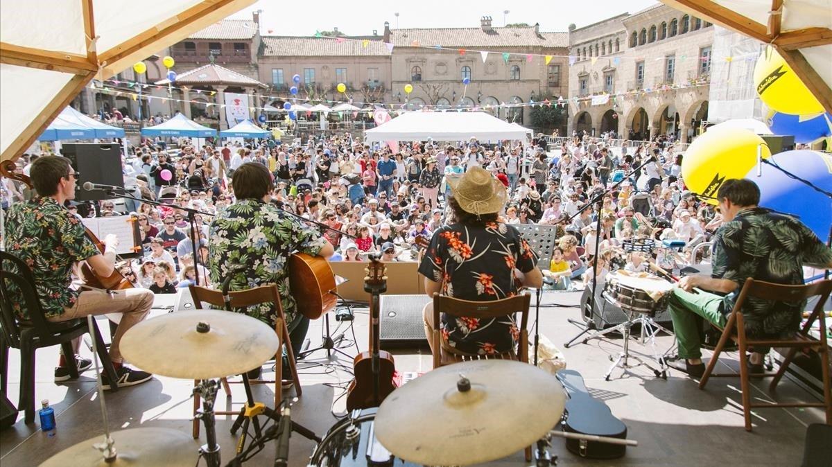 'El dia minimúsica': música en gran