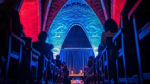 Actuación del grupo de musica experimental Macromassa en la capilla del Col legi Major Ramon Llull.