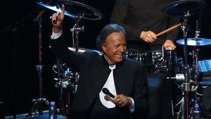 Julio Iglesias, en una actuación en el Auditorio Nacional de México, en el 2019.