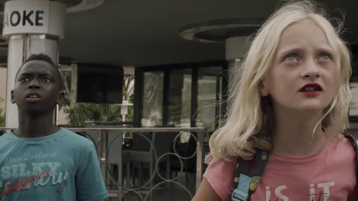 Los protagonistas de 'Pullman' en un fotograma del filme.