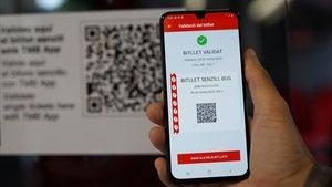 Els conductors de bus de Barcelona ja no vendran bitllets: es compraran amb el mòbil