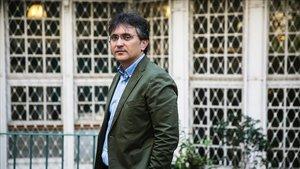 Gonzalo Torné, en el patio de la librería La Centra de la calle Mallorca, hace dos semanas.