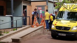 Detinguda una de menor per la mort d'un nadó trobat en ple carrer a Barcelona