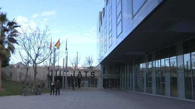 Comparece ante el juez una compañera de celda de la guardia urbana de Barcelona acusada de matar a su pareja