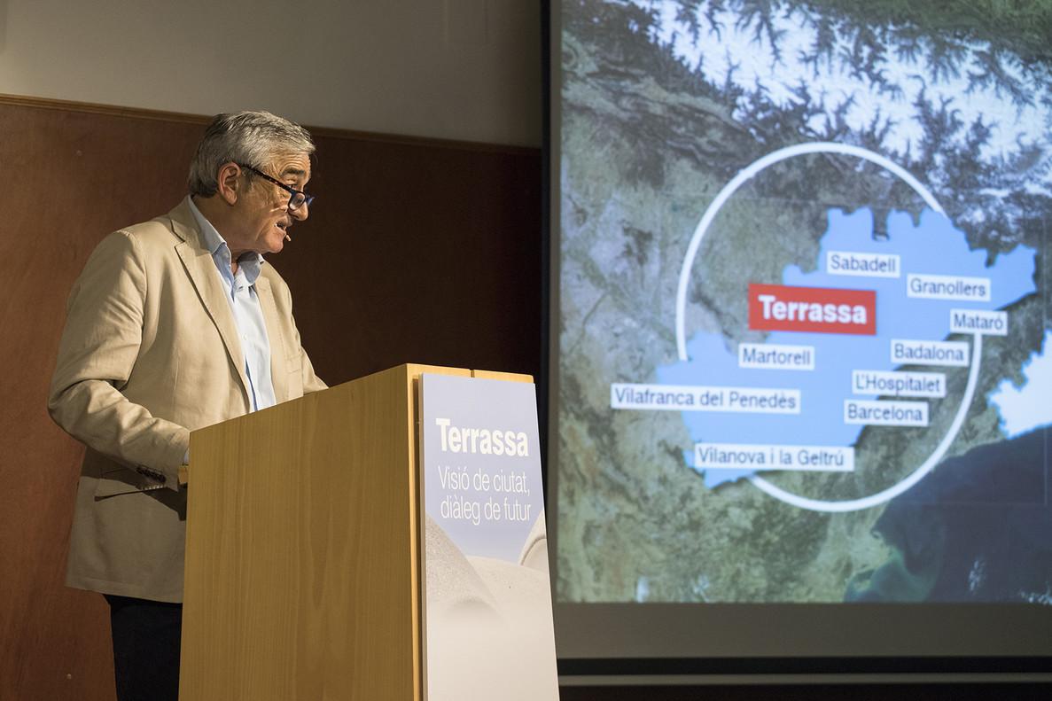 L'alcalde de Terrassa envia una carta a Interior expressant la seva preocupació per l'estat del parc de bombers local