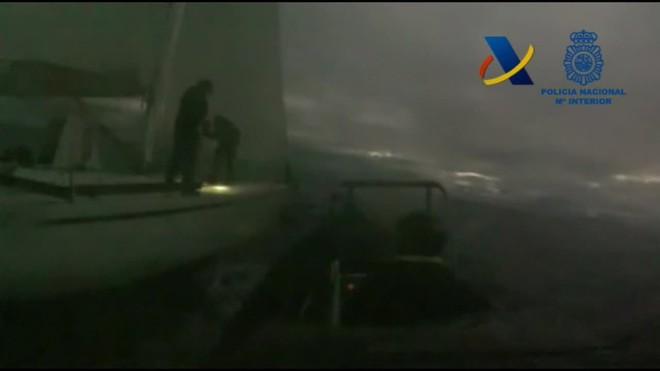 Un veler amb dues tones de cocaïna arriba aquest diumenge a les Canàries