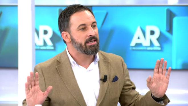 """Santiago Abascal, sobre Vox: """"Ni som antifeixistes ni feixistes, som antipodemites i anticomunistes"""""""