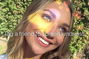 Maddie Ziegler, la actriz y bailarina de los vídeos de Sia, hace campaña por la bondad y amabilidad en Instagram.