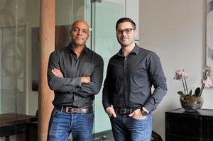 Adeyemi Ajao y Thomas Nahigian, fundadores de Base10.