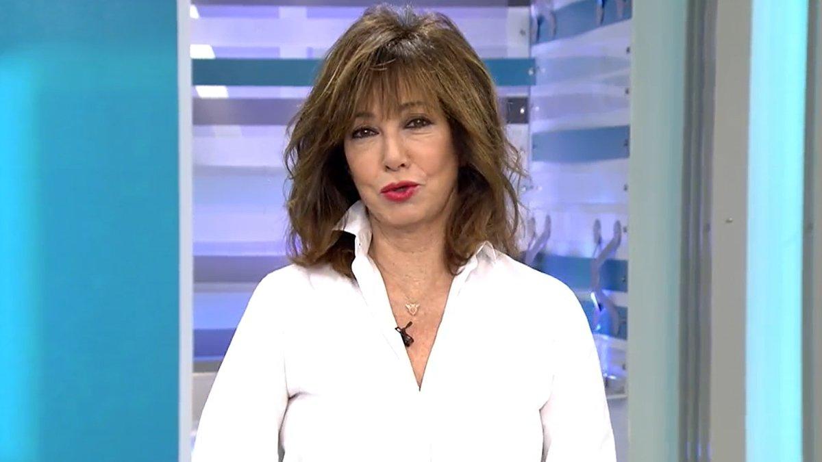"""Ana Rosa celebra el 15 aniversario de su programa en Telecinco: """"Los que quieren que me jubile van listos"""""""