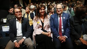 Artur Mas, Laura Borràs y Quim Torra, en la apertura de la campañana de JxCat, en Barcelona.