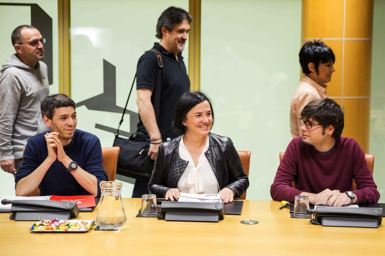 Los representantes de EH Bildu en la ponencia de Autogobierno del Parlamento Vasco.