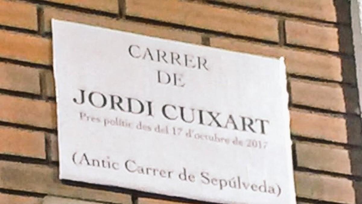 La calle Sepúlveda, retitulada como calle de Jordi Cuixart.