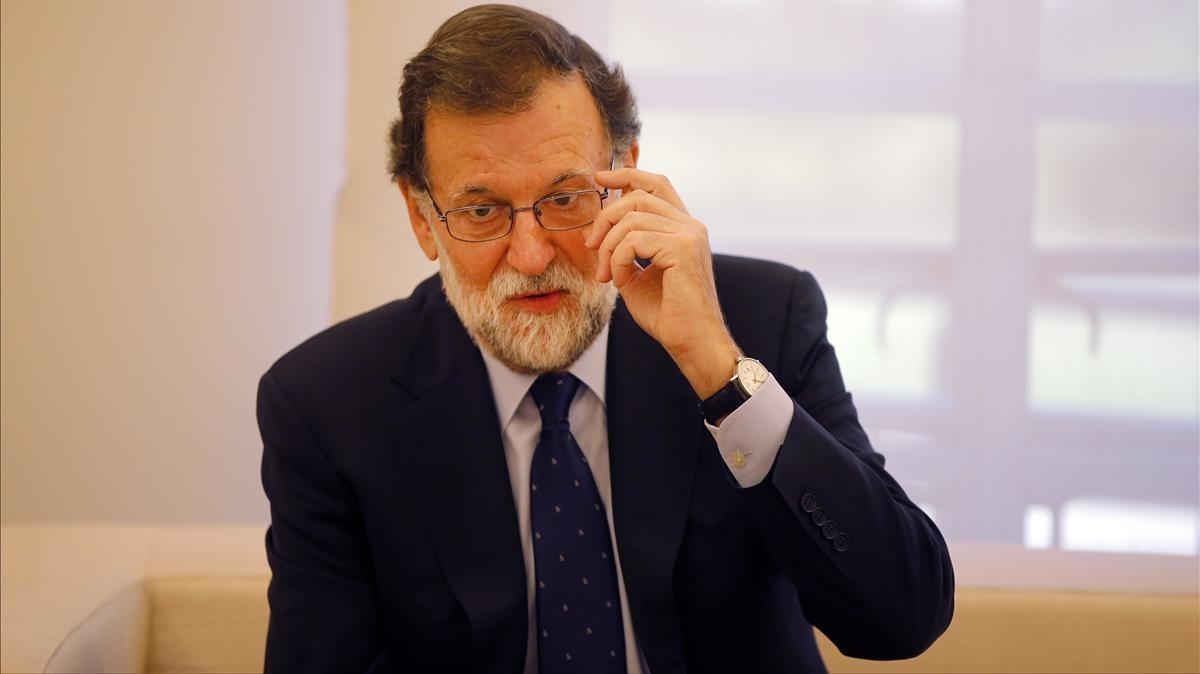 El Gobierno aprobará un decreto para facilitar la salida 'expres' de empresas de Catalunya