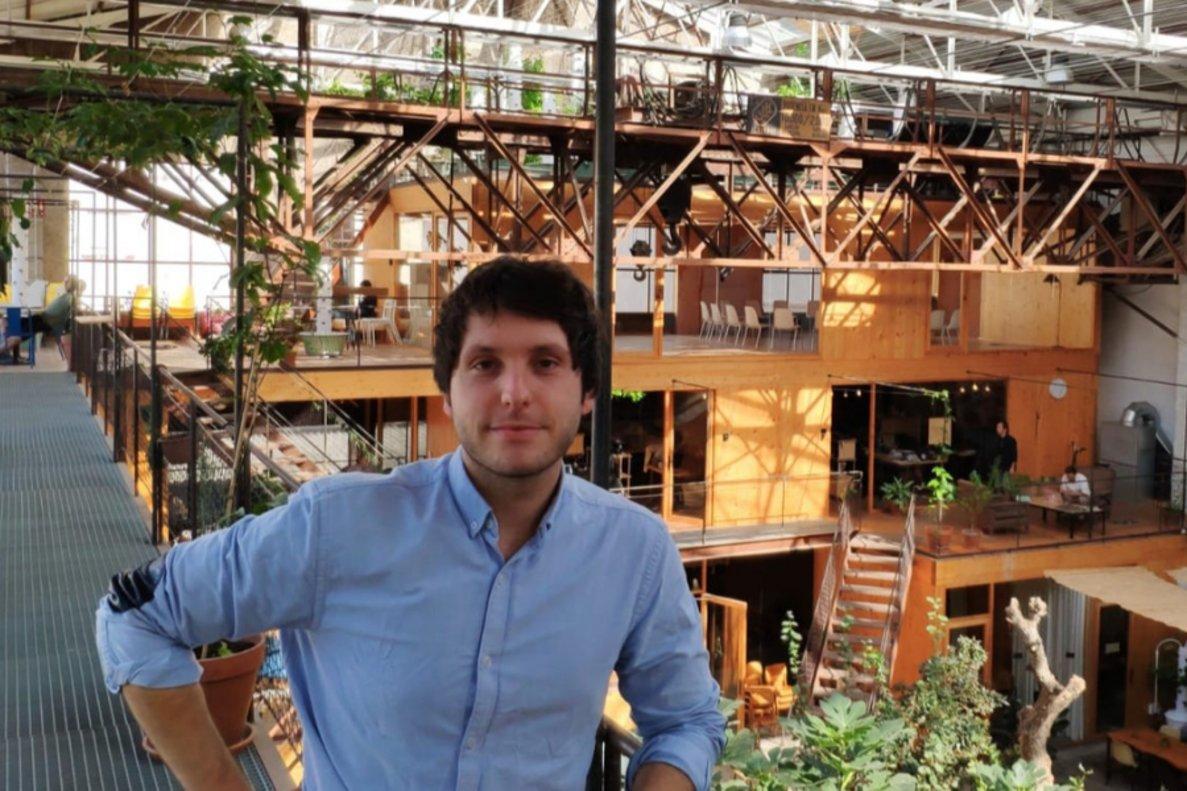 David Carmona, fundador y CEO de Konto, en las oficinas de la startup.