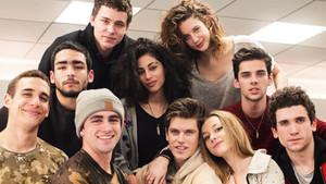 Los protagonistas de la nueva serie de Netflix, Élite, producida por Zeta Audiovisual.