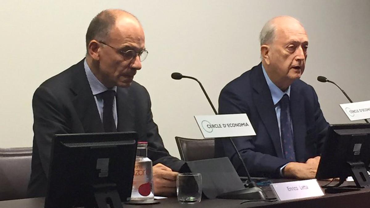 Enrico Letta, izquierda, con Joan Josep Brugera, en el Cercle dEconomia.
