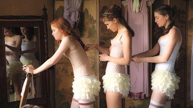 'Orgullo + prejuicio + zombis': Jane Austen con katana