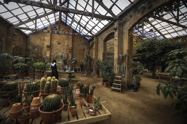 Flowers by Bornay ocupa un edificio industrial de finales del siglo XIX en el barrio de Sants.