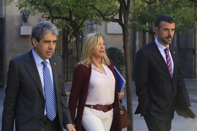 Francesc Homs, Joana Ortega y Santi Vila acuden a la reunión del Consell Executiu de este martes.