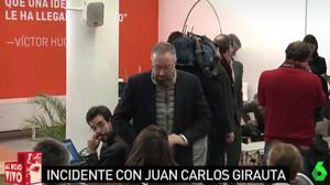 Momento en el que Juan Carlos Girauta se encaró con la periodista, en una imagen captada por La Sexta.