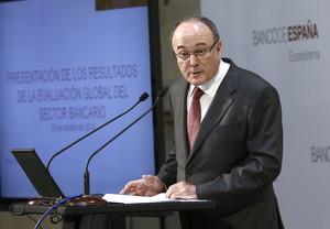 El gobernador del Banco de España, Luis María Linde, este domingo en Madrid.