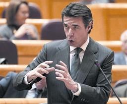 Jose Manuel Soria, ministro de Industria, durante un pleno en el Senado