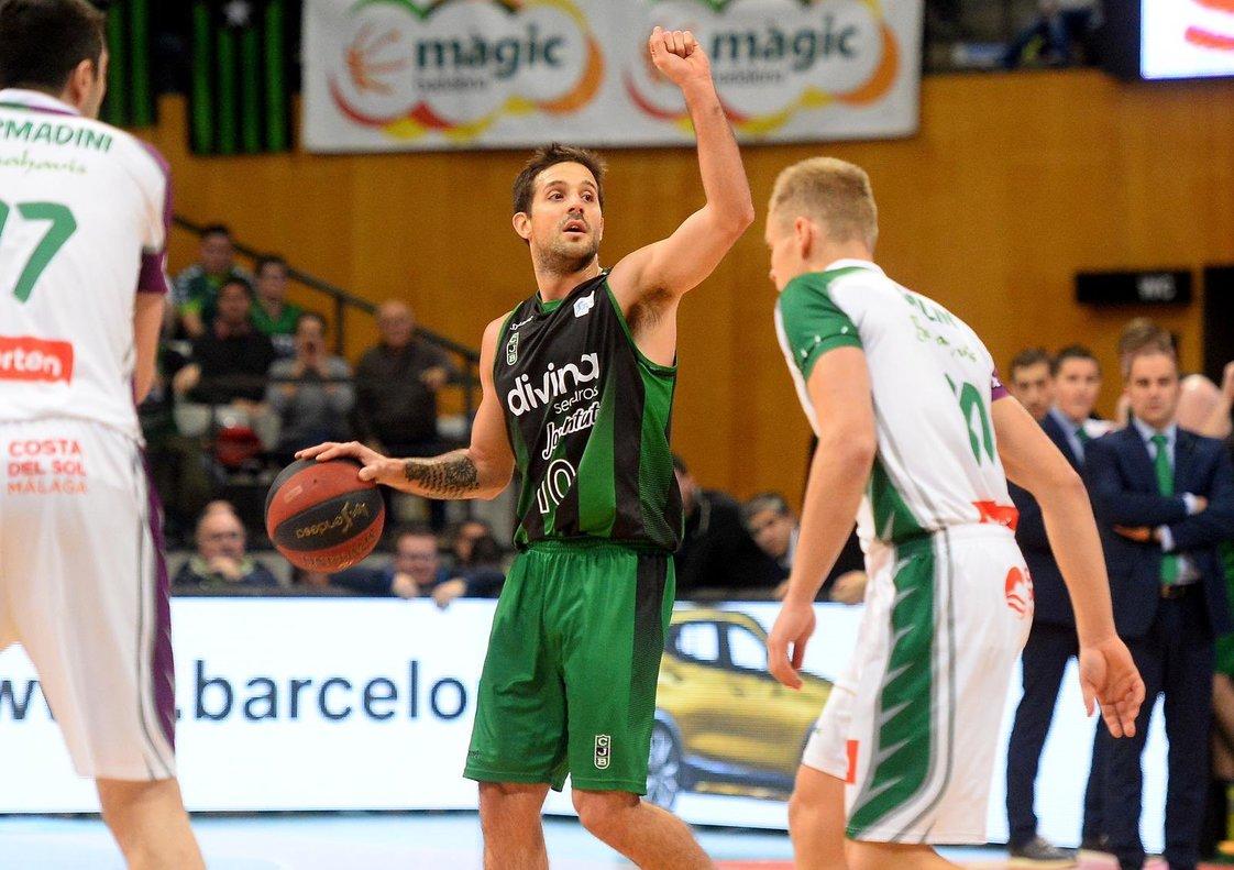 El jugador del Joventut Badalona Nicolas Laprovittola durante el partido de este domingo.