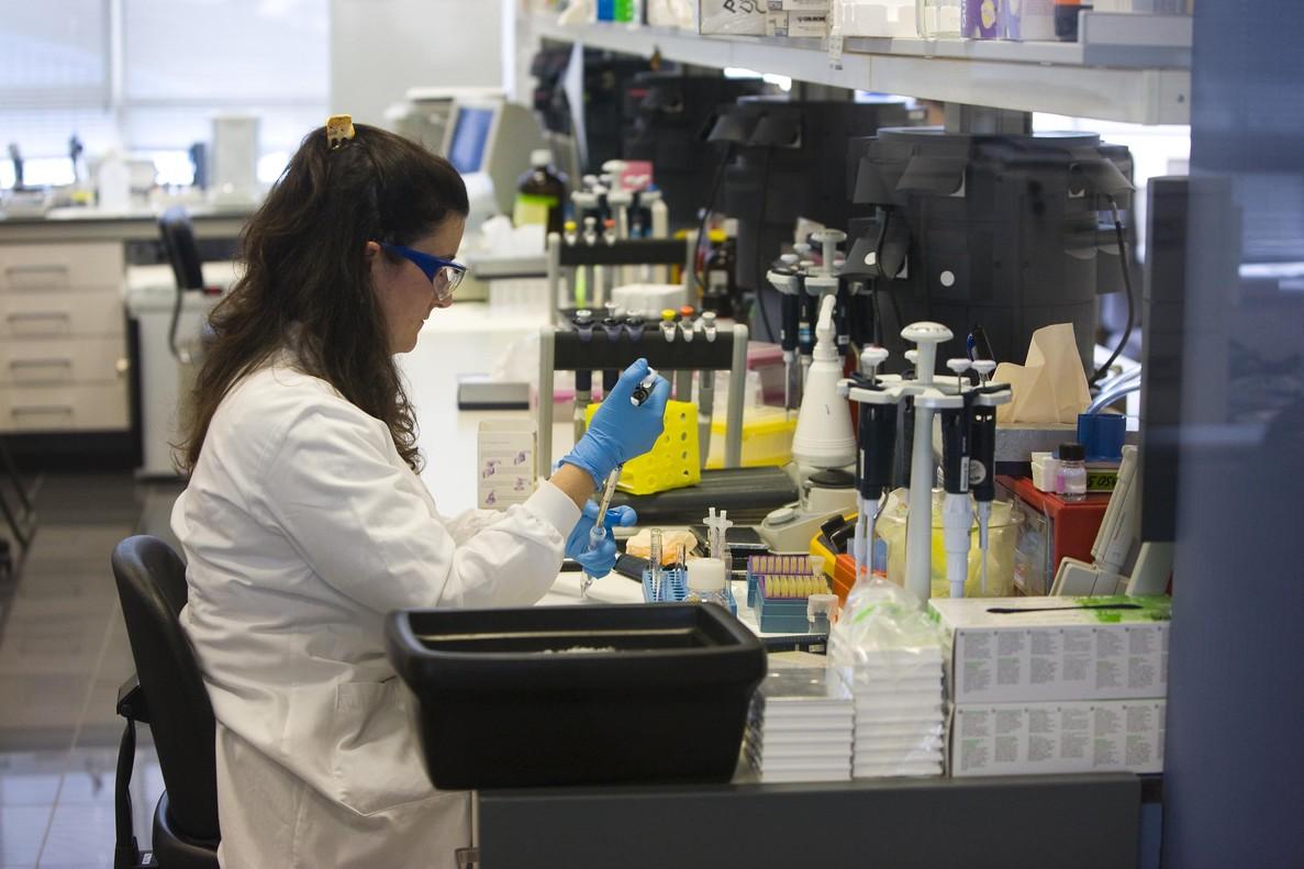 Laboratorios farmacéuticos Almirall, en Sant Feliu de Llobregat.