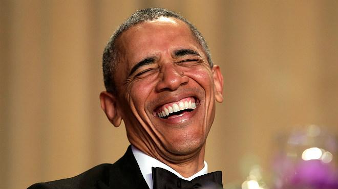 Obama vessa humor durant el seu discurs en el sopar de corresponsals a la Casa Blanca.