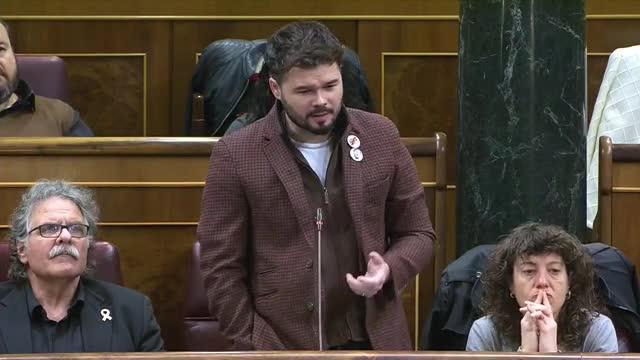 Rajoy recuerda a ERC que apoyó que la escuela transmita los valores del Ejército