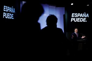 GRAF7638 . MADRID, 31/08/2020.- El presidente del Gobierno, Pedro Sánchez, durante la conferencia España puede. Recuperación, Transformación, Resiliencia, que pronunció hoy en La Casa de América en la que hace un llamamiento a la unidad para afrontar la reconstrucción del país ante la crisis provocada por la pandemia del coronavirus, en un acto al que ha invitado a representantes del mundo económico, social y cultural. EFE/ Mariscal ***pool***