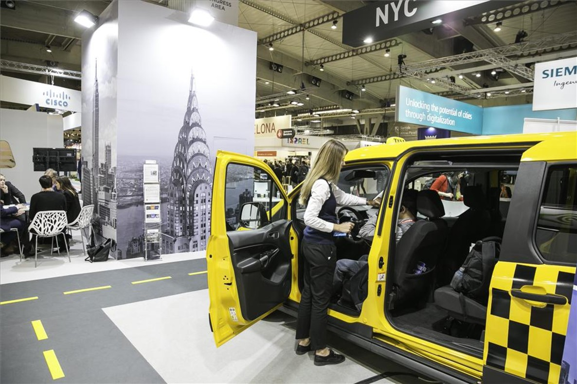 Taxi eléctrico de Nueva York en la Smart City Expo de Barcelona.