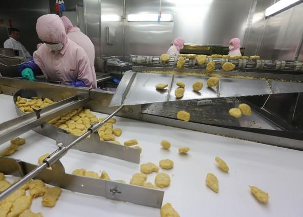 Una de las fotos tomadas el 20 de julio dentro de las fabricas de Husi Food en Shangai.
