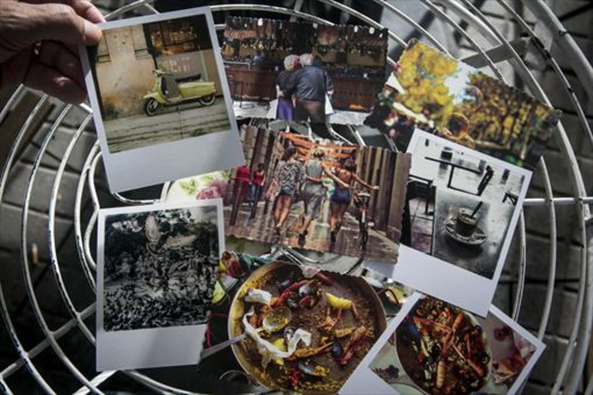 Una muestra de las nuevas postales.