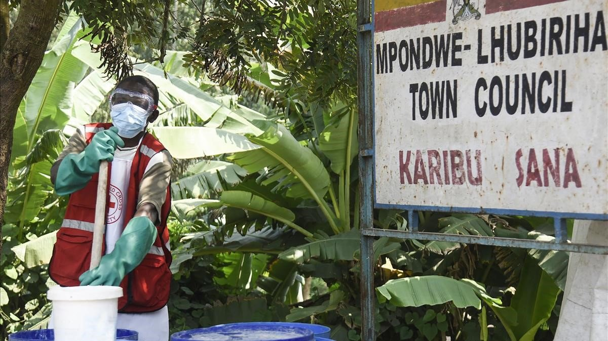 L'Ebola surt del Congo i arriba a Uganda