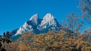Els bombers rescaten el cos d'un muntanyenc al massís del Pedraforca