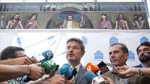 El ministro de Justicia, Rafael Català, en un foto de la Asociación Española de Abogados de Familia.