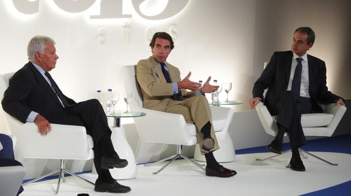 González, Aznar y Zapatero, durante el acto conmemorativo de los 40 años de democracia.