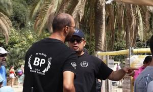 L'Ajuntament denega para-sols als treballadors del Park Güell