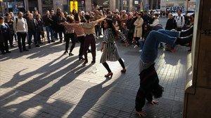 Número de baile ante donde estaba el Gran Teatro Español, dentro de la ruta 'Mundos paralelos'.