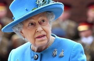 La reina Isabel II de Inglaterra es una de los muchos nombres que aparecen en los Papeles del Paraíso