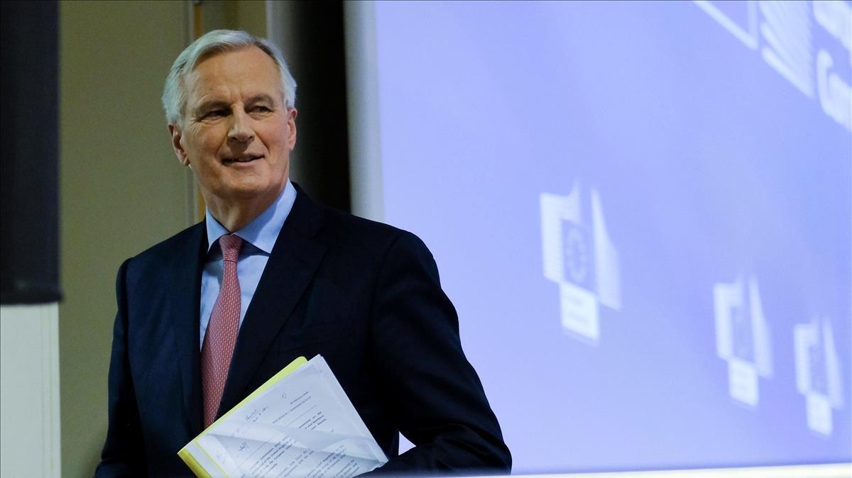 Barnier, presenta el borrador de tratado, en una rueda de prensa, este miércoles, 28 de febrero.