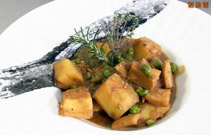 El Plat de Mataró: sepia, guisantes y patatas.