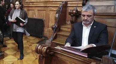Collboni frustra el plan de Colau para aprobar los presupuestos
