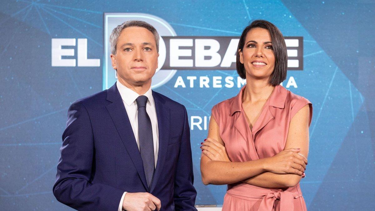 Ana Pastor y Vicente Vallés, presentadores de El debate de Atresmedia Televisión.